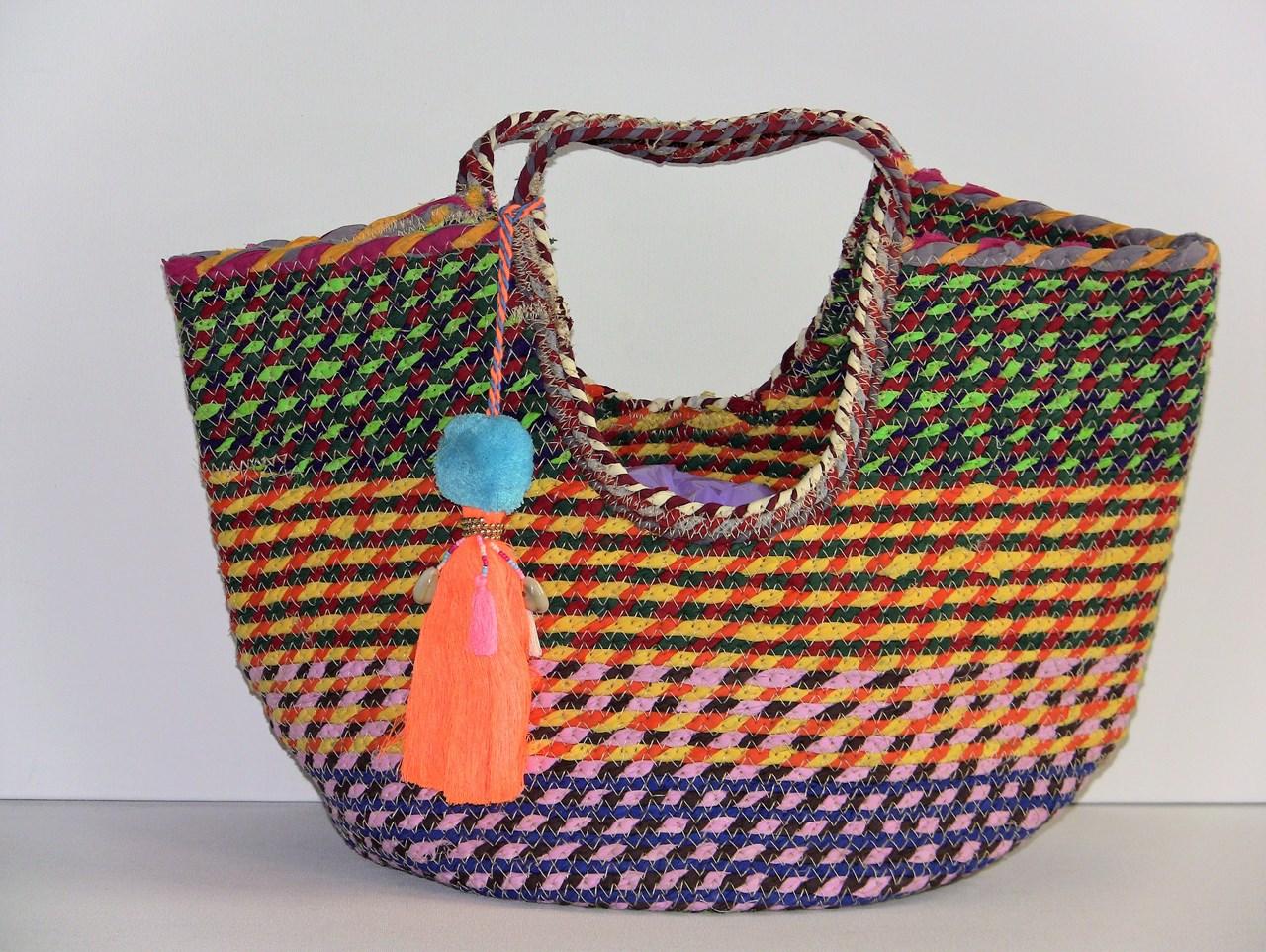 33e2e774323 gevlochten tas multi color van Miss Terre bij ELITAZ