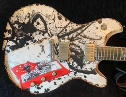 McSwain Guitars Fear and Loathing in Las Vegas with Ralph Steadman Artwork